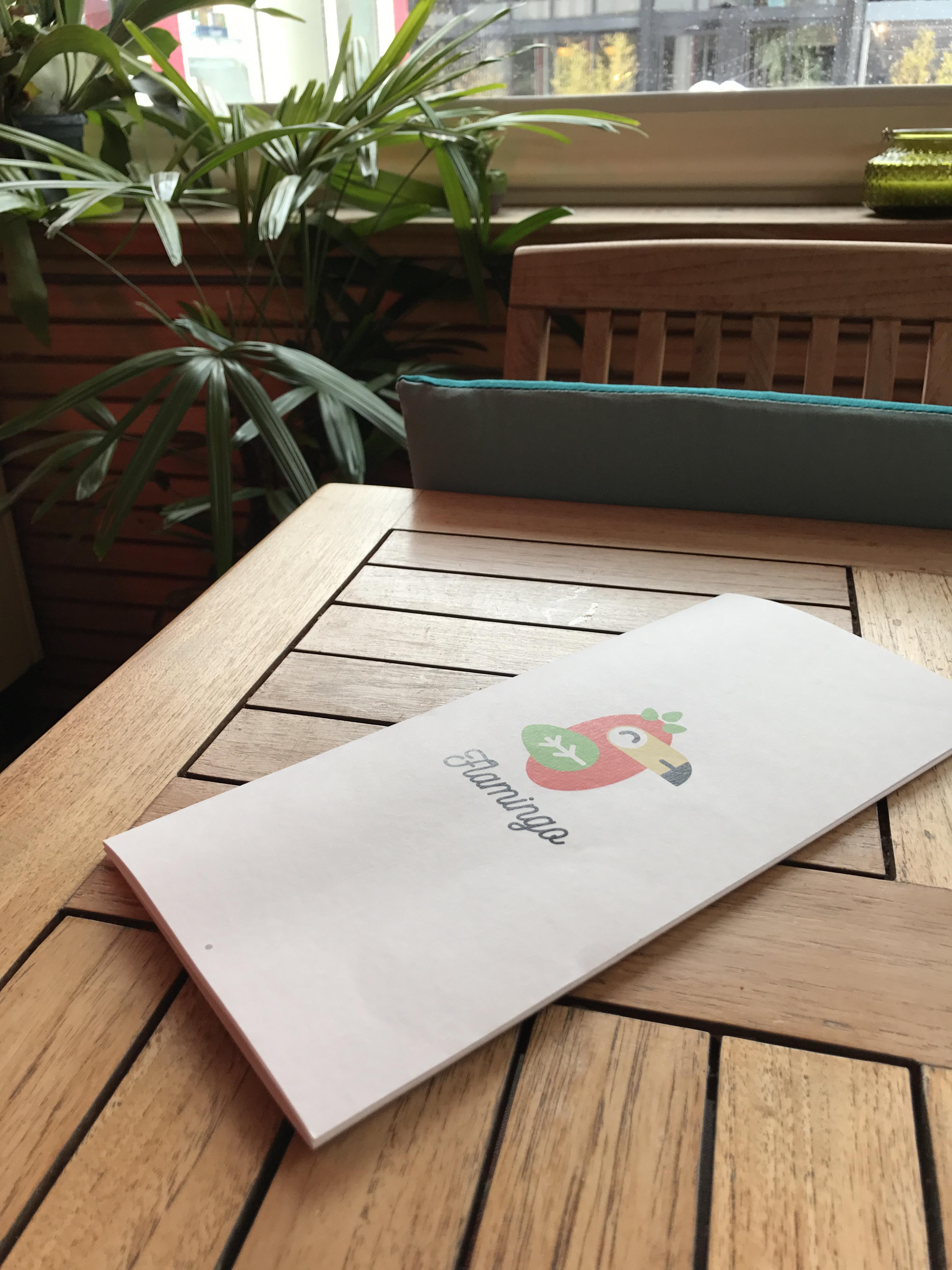 Produits frais et cuisine m diterran enne le flamingo un nouveau restaurant sur le port de - Restaurant carqueiranne port ...